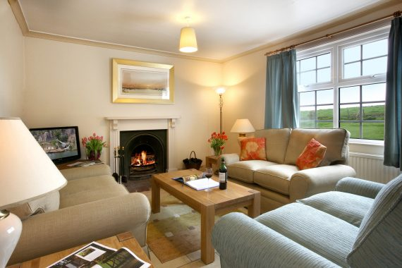 Hinds Cottage, Field House Farm Cottages, Heritage Escapes