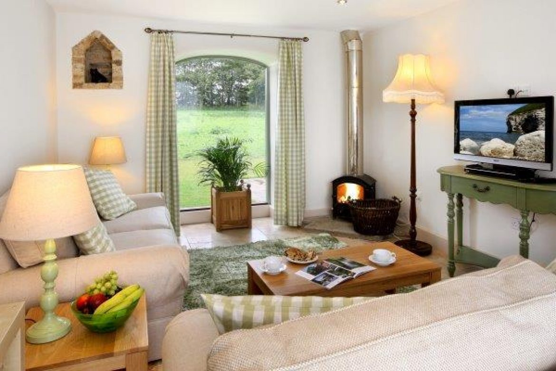 High Barn Owl House living room