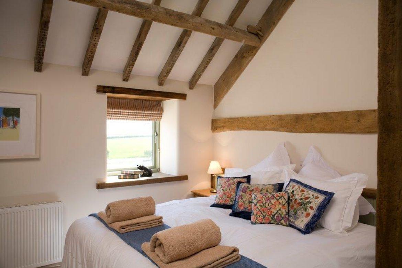 High Barn owl house bedroom