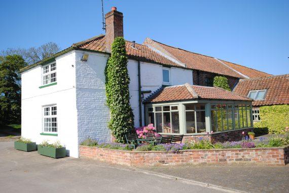 Hind' Cottage